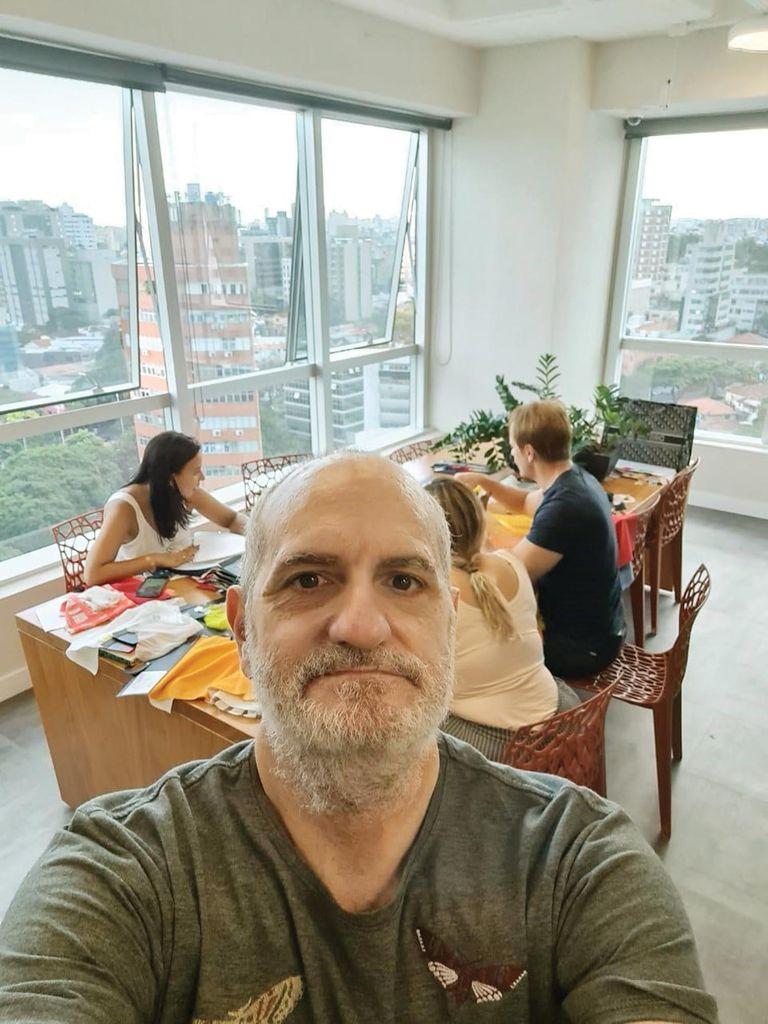 Una selfie desde su showroom en Belo Horizonte