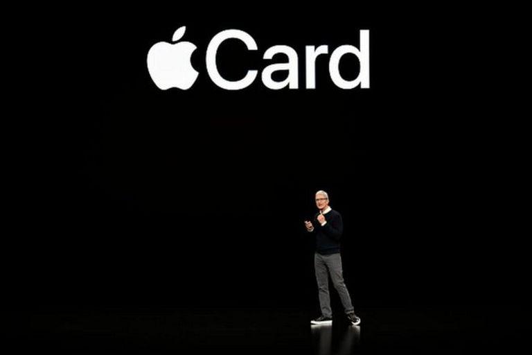 Apple Card nació como algo revolucionario, con una versión física de la tarjeta hecha de titanio y sin número ni firma