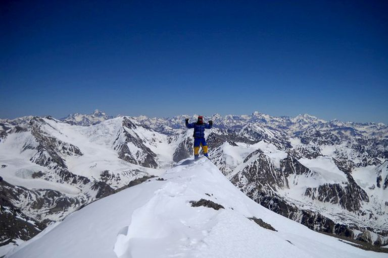 La cumbre del cerro El Plata