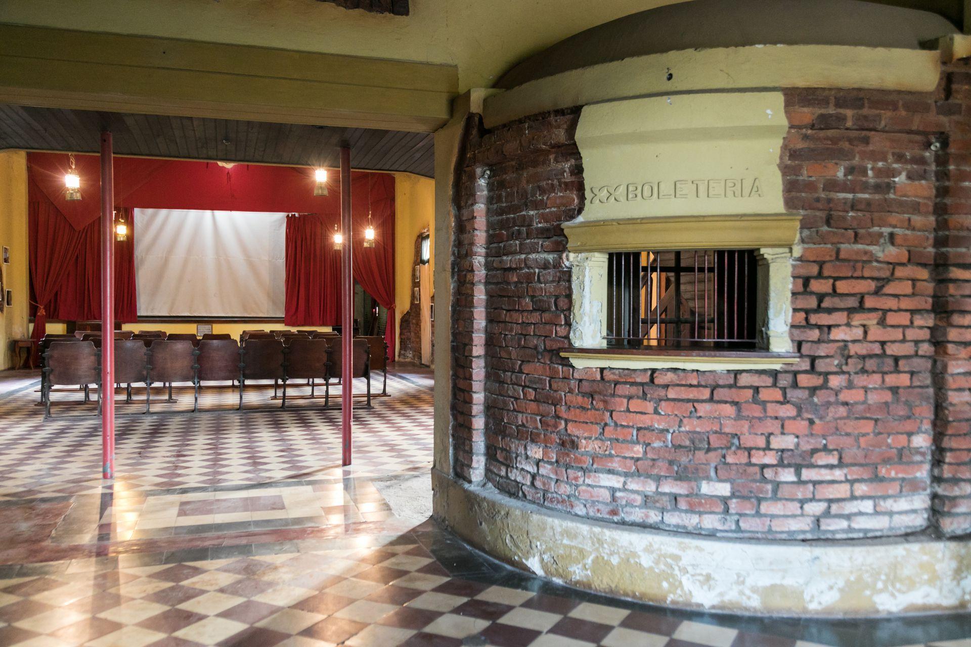 El Cine Club Colón es el único cine rural en funcionamiento en la provincia de Buenos Aires.