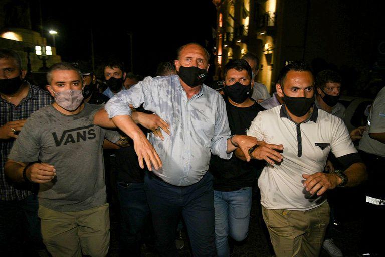 Perotti fue a la marcha contra la inseguridad y los vecinos lo increparon