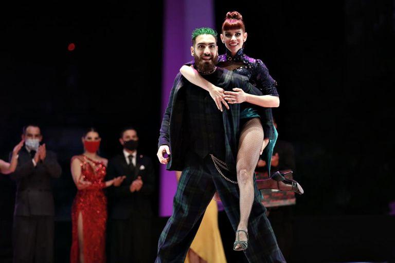 Yanina Muzyka y Emmanuel Casal, primeros en Tango Escenario