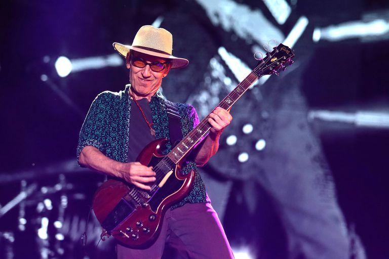 Hace 69 años nacía Skay Beilinson, guitarrista y cantante argentino, confundador de Patricio Rey y sus Redonditos de Ricota