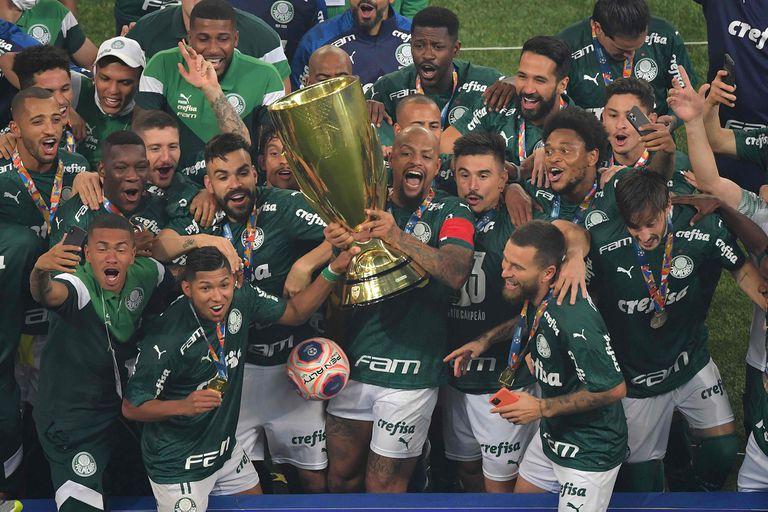 Palmeiras celebró el sábado haber ganado el torneo Paulista, en medio de las muertes que azotan a San Pablo
