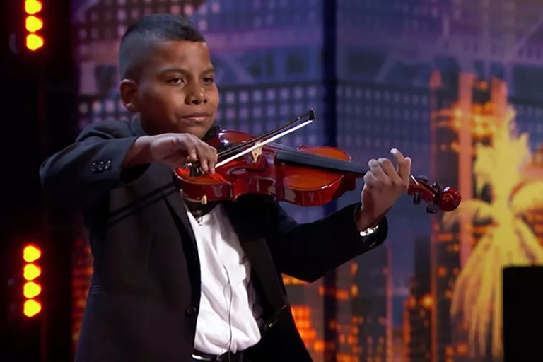 Tuvo cáncer, sufrió bullying y emocionó a America´s Got Talent con su violín