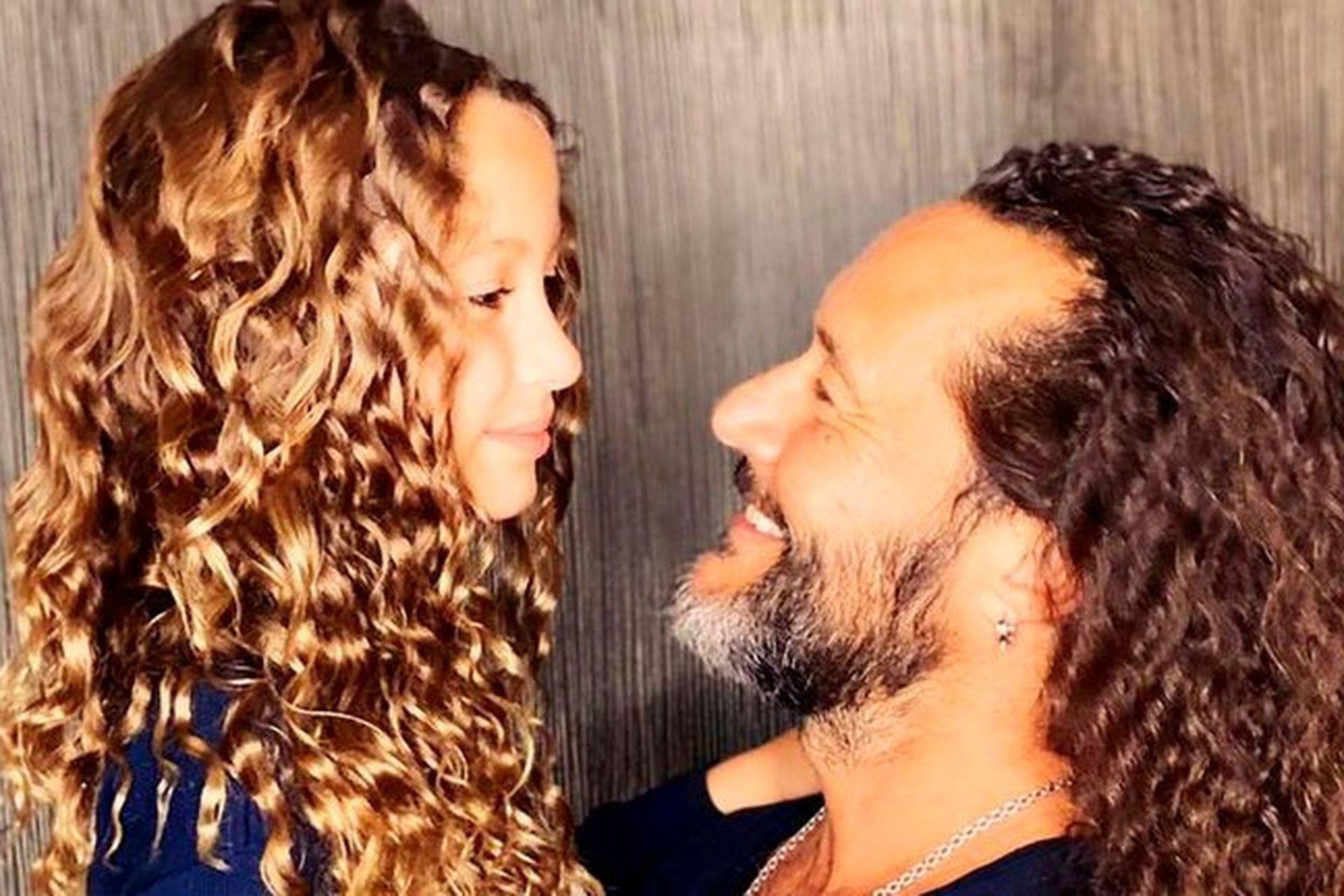 Diego Torres con su hija Nina