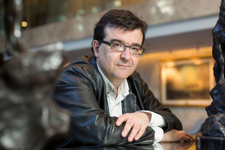 """Javier Cercas criticó un """"paternalismo literariamente letal"""" en Galdós"""