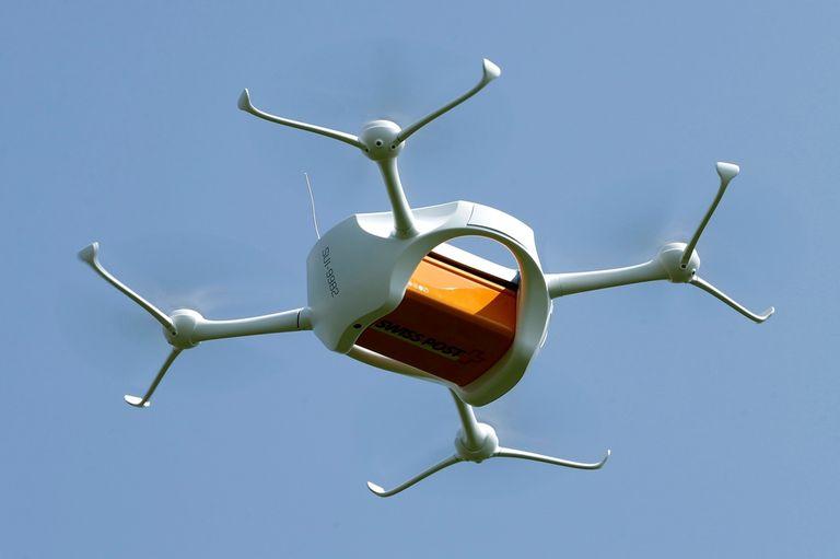 Google planea tener un servicio comercial de envíos a domicilio usando drones en 2017