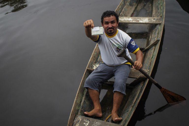 Unas 400 personas viven en las 100 casas flotantes en cuenca del Amazonas