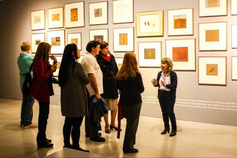Este viernes, las galerías de arte de Retiro y Recoleta reciben al público con visitas guiadas por sus muestras