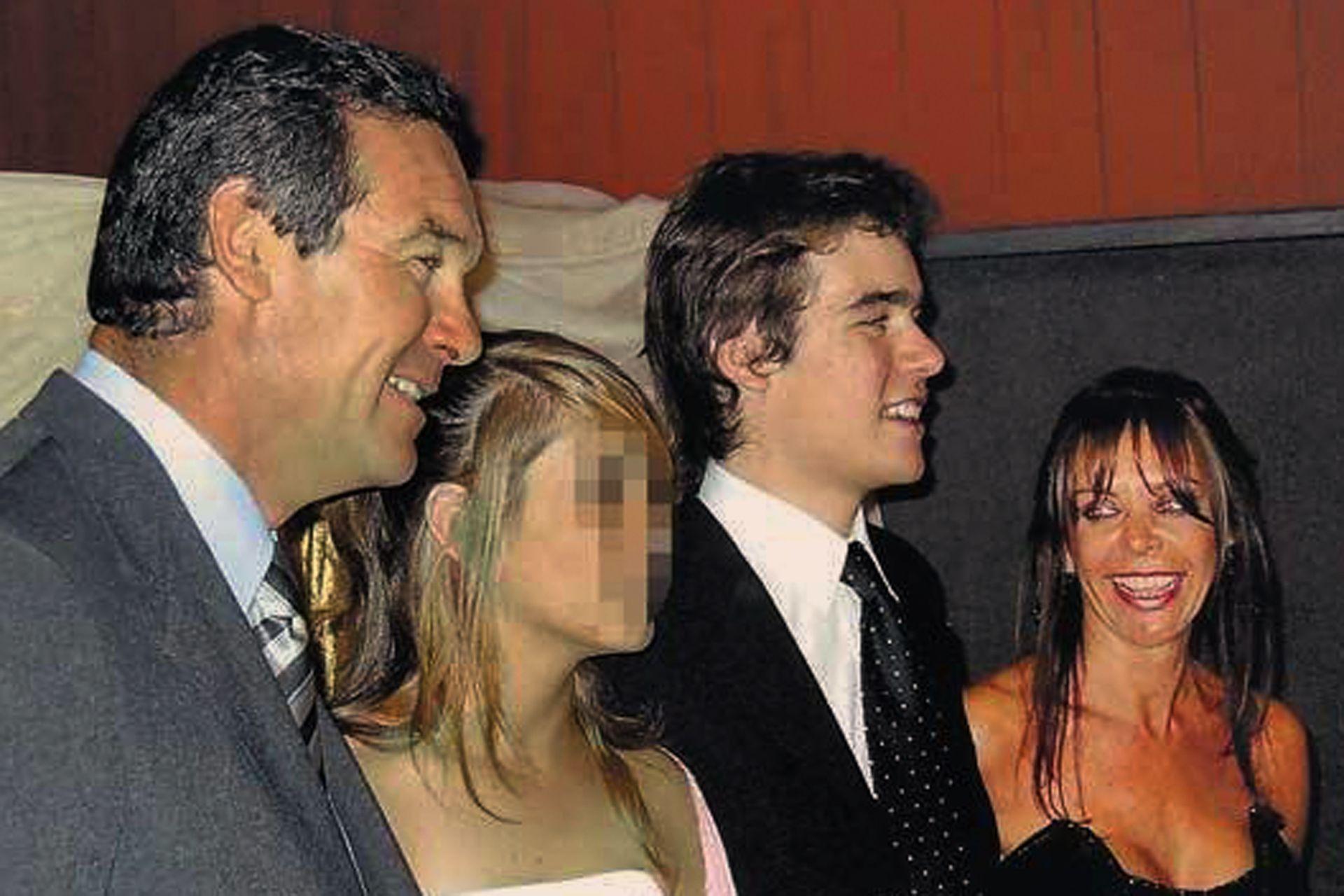 Nora Dalmasso y su familia