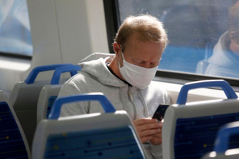 La comunidad científica coincide en que la principal vía de contagio del coronavirus es el aire; cuáles son las medidas prioritarias para evitarlo