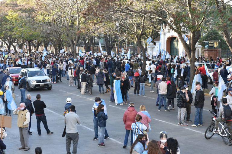 La manifestación frente a la Quinta de Olivos