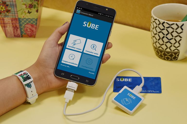 Ahora se podrá cargar crédito en la SUBE con un lector USB en casa o la oficina