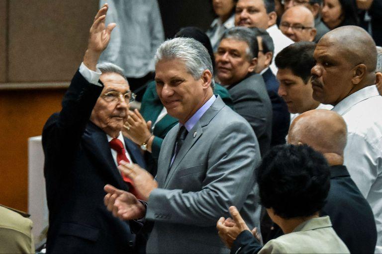 Raúl Castro tiene sucesor: nominan a Miguel Díaz-Canel como único candidato