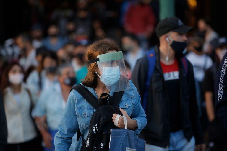 Un reciente estudio de científicos españoles recomendó tres medidas fundamentales para contrarrestar el coronavirus