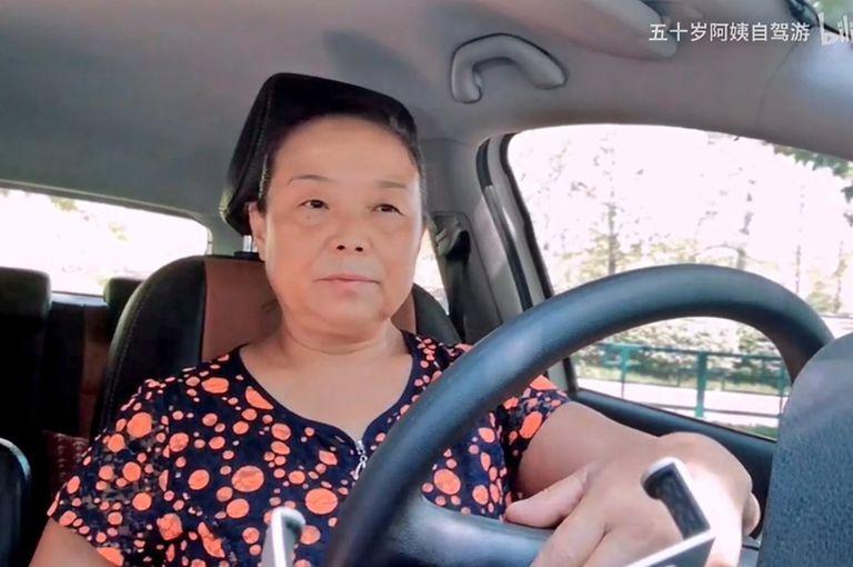 Su Min, de 56 años, asegura que nunca había sido tan feliz en su vida como en estos últimos seis meses de viaje solitario