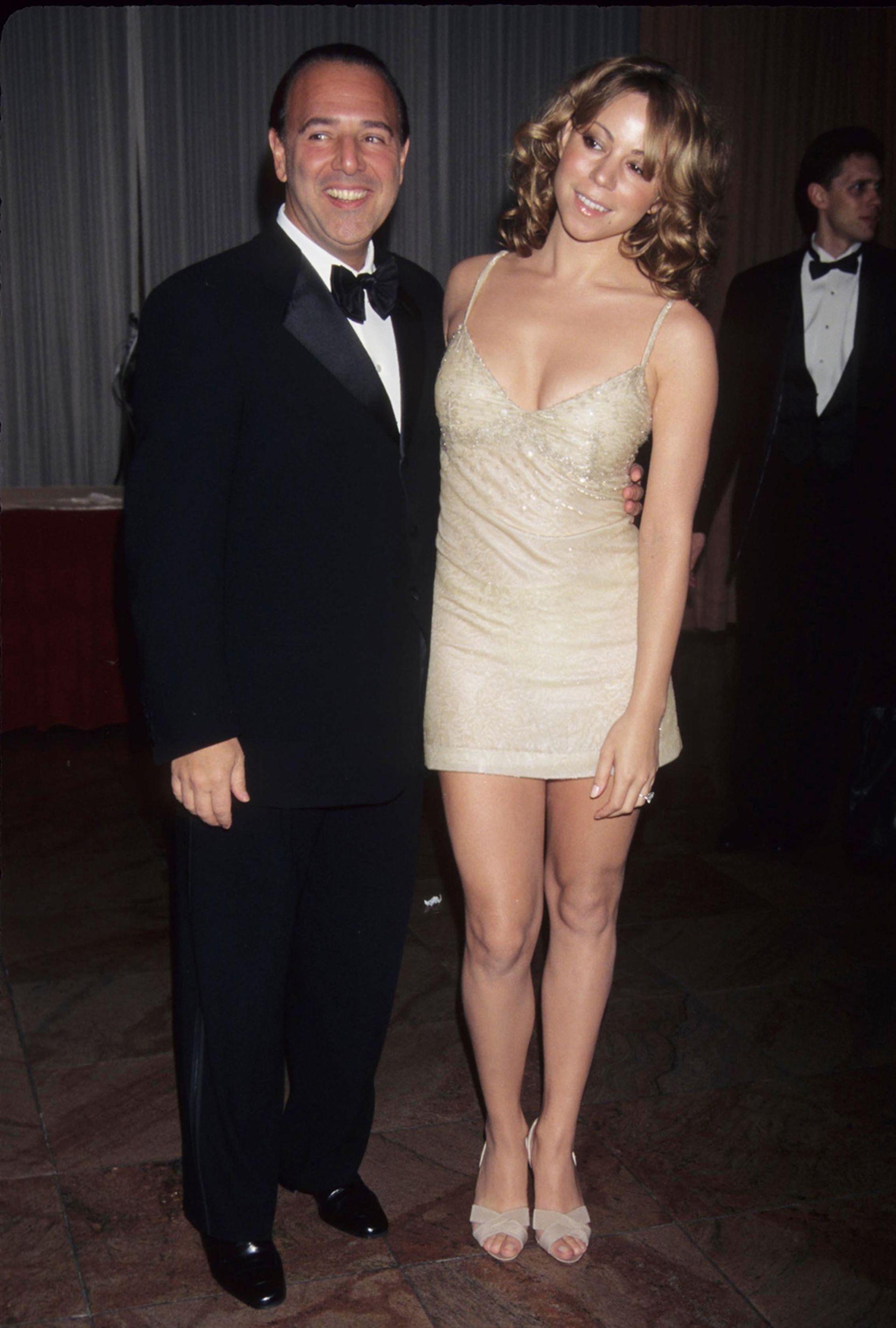 Mariah Carey conoció a Tommy Mottola en una fiesta, en 1988, y rápidamente se convirtió en su protegida y en su novia