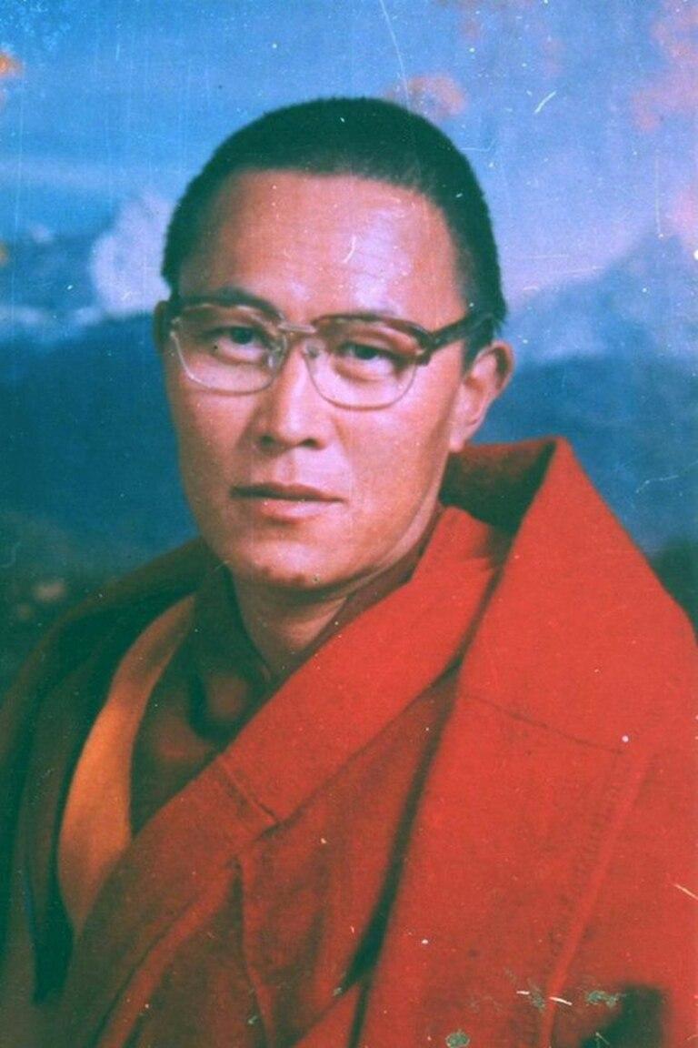 Una imagen sin fecha de Tenzin Delek Rinpoche. Su familia denunció que no los dejaron verlo ni atenderlo antes de morir en su celda.