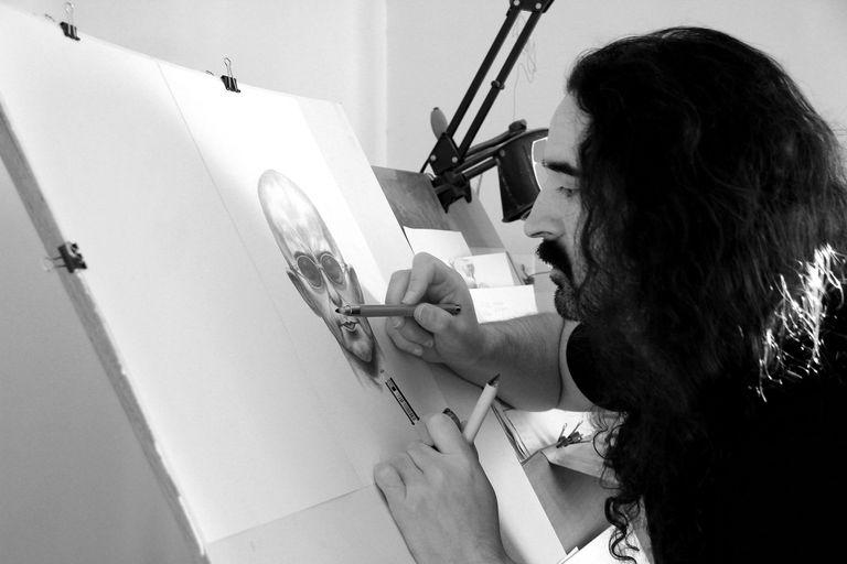 """El historietista Pablo Guillermo Serafín le pone imágenes a las letras del Indio Solari en """"La vida es una misión secreta"""""""