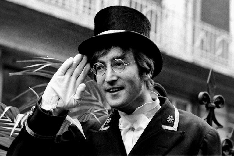 John Lennon en un programa de TV, en 1966