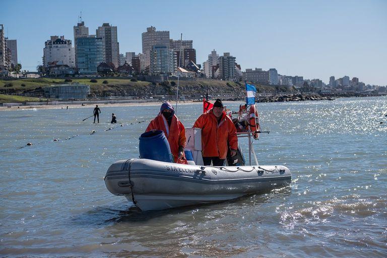 El viernes se otorgaron las primeras autorizaciones para pescadores artesanales