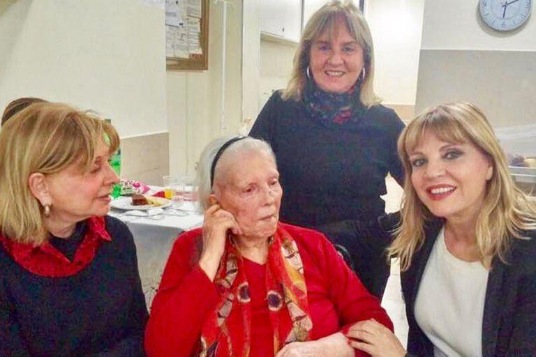 La mujer, que ejerció como docente gran parte de su vida, estaba internada en un geriátrico; tenía 97 años