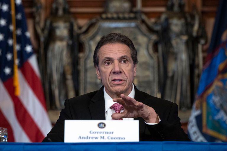Ya son tres las mujeres que acusan al gobernador de Nueva York de acoso sexual