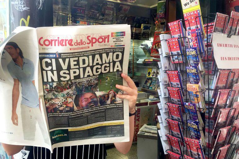 Italia mira de costado el Mundial, con el alivio de ver otros históricos afuera