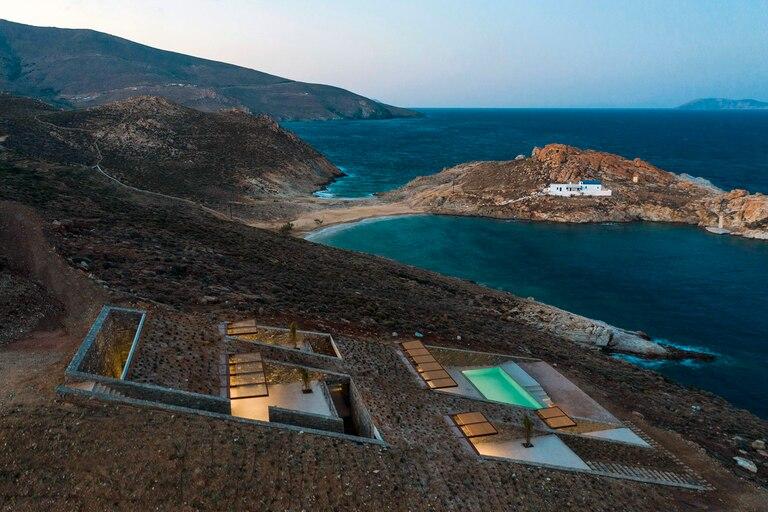 La propiedad fue construida en la paradisíaca isla griega de Serifos a pedido de un misterioso millonario