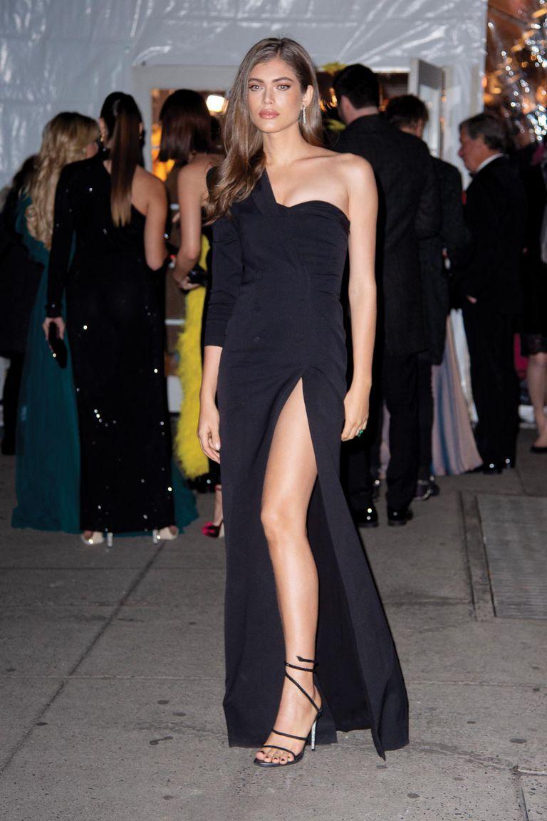 La brasileña se convirtió en la primera modelo transgénero de Victoria's Secret en protagonizar la tapa de Sports Illustrated Swimsuit en 2020.
