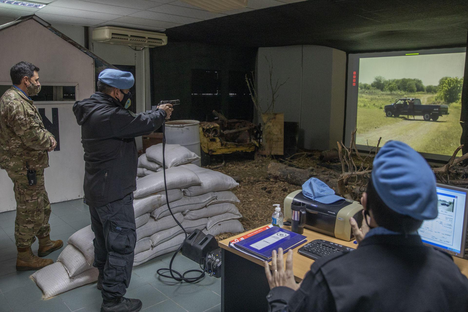 Ejercicios en el Centro Argentino de Entrenamiento Conjunto para Operaciones de Paz (Caecopaz) para el despliegue de militares en misiones de la ONU