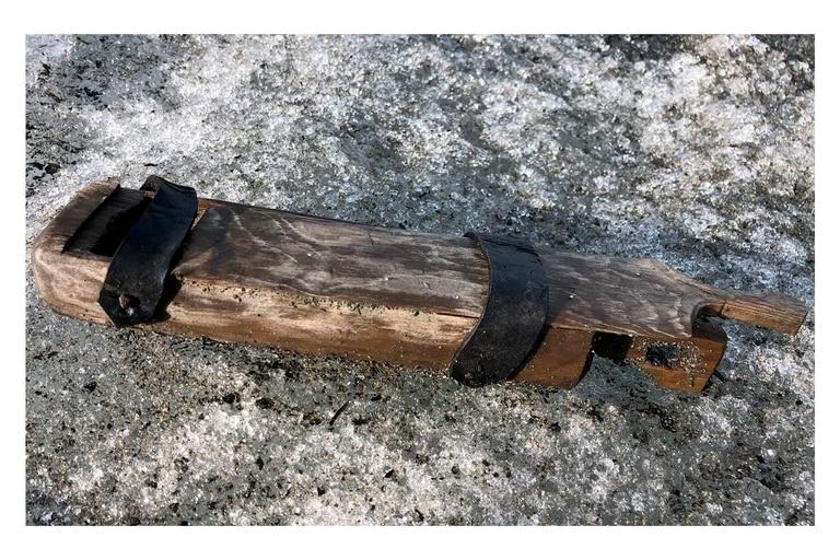 La caja de madera encontrada parque nacional Breheimen de Noruega