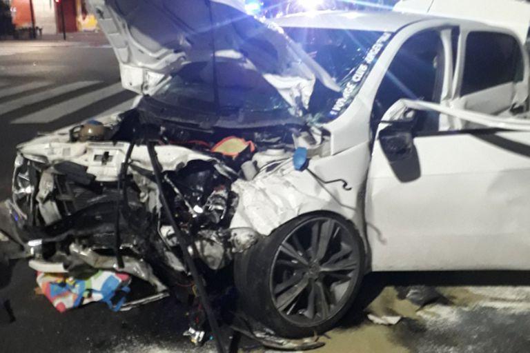 Violento choque múltiple en Almagro: hay cuatro policías heridos