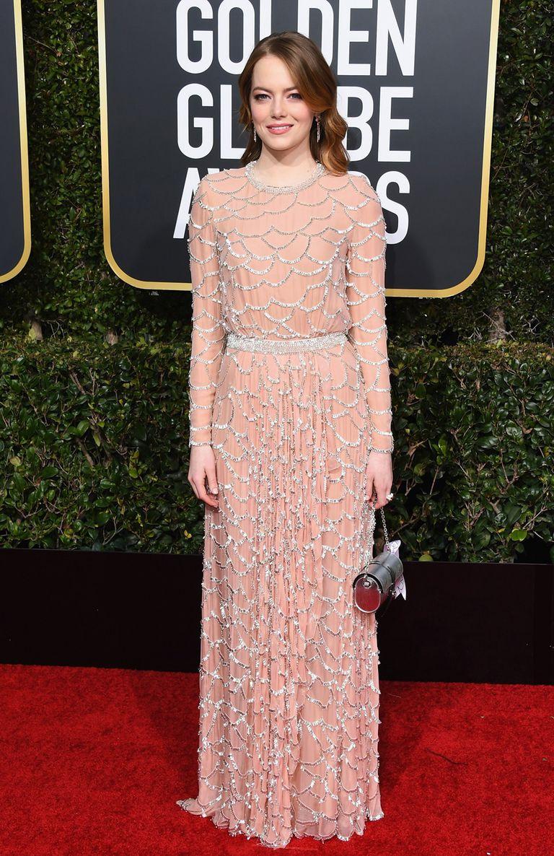 Emma Stone en un elaborado diseño de Louis Vuitton