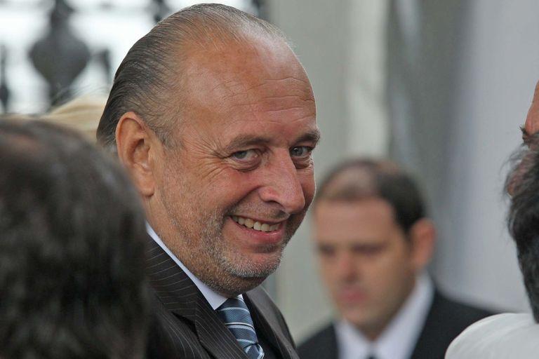 José Luis Manzano fue diputado nacional y ministro de Interior de Carlos Menem, pero a mediados de los 90 se retiró de la política para concentrarse en los negocios asociado con Daniel Vila