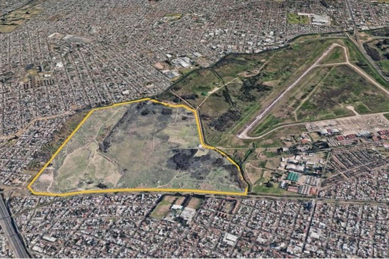 """""""Vista desde Google Maps parece una isla verde en medio un mar de cemento"""", describen a la reserva los vecinos"""