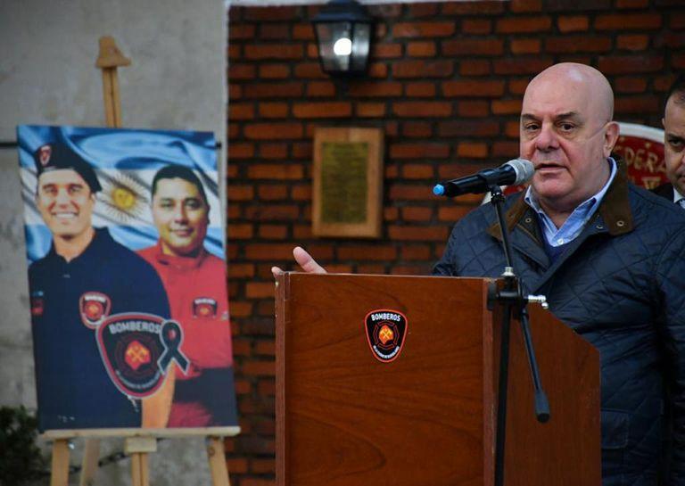 Homenaje a los caídos en la trágica explosión de la perfumería de Villa Crespo del año pasado, en coincidencia con el Día Nacional del Bombero