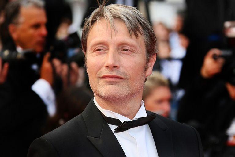 Mads Mikkelsen reemplazará a Johnny Depp en Animales fantásticos