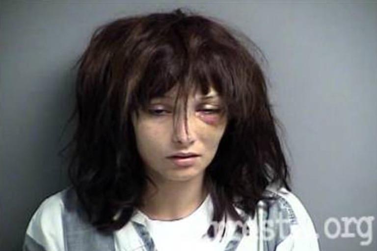 Una mujer de 28 años publicó en las redes sociales la impactante transformación que sufrió luego de dejar de consumir drogas por tres años después de una década de adicción