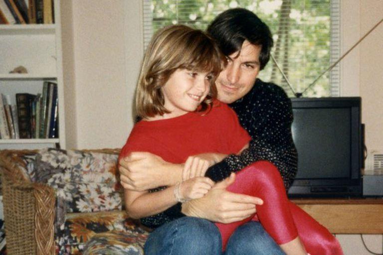 Los malos recuerdos de la hija de Steve Jobs y el último perdón