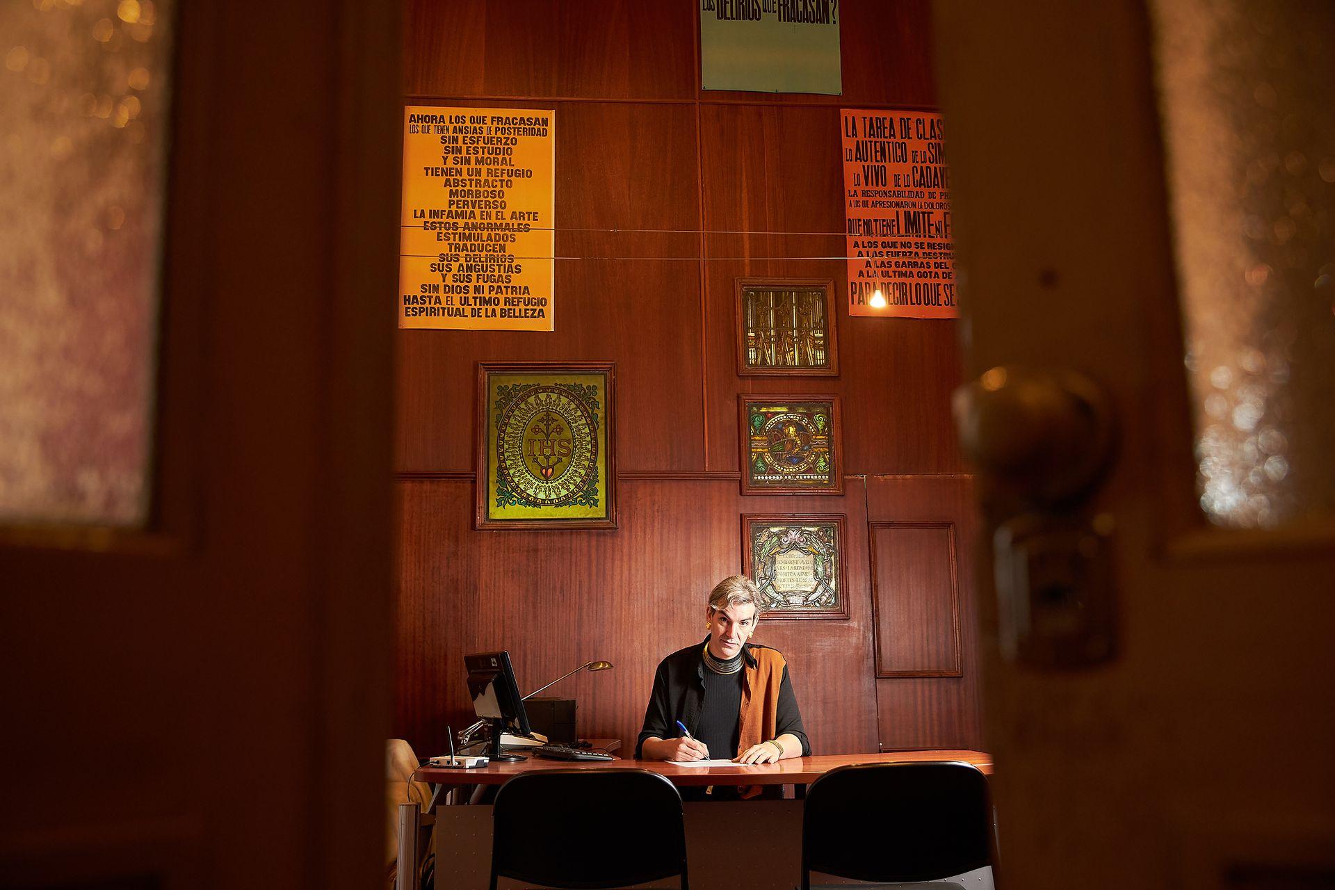 Feda, en su oficina del Palais.