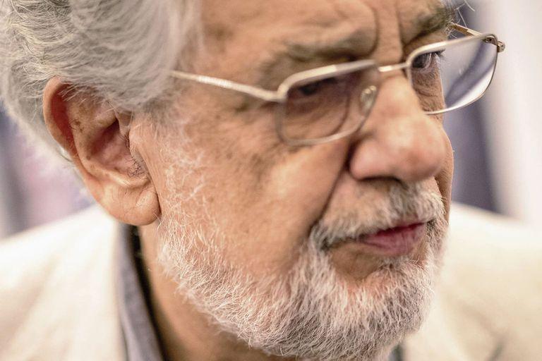 Plácido Domingo acusado de abuso sexual por nueve personas