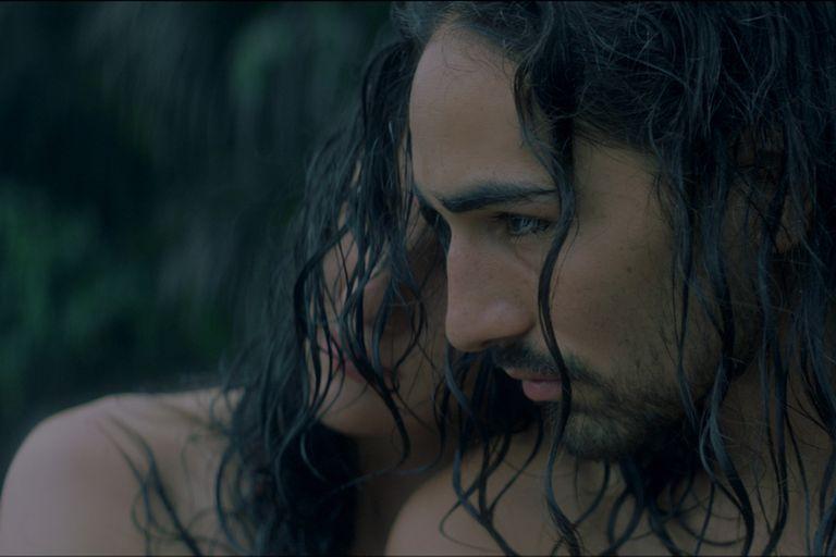 Søren es el desestabilizante personaje que dinamita la paz en la pareja de Pamela y Amaru, dando pie a la película homónima
