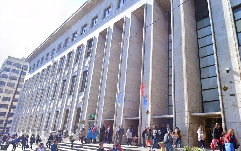El edificio tribunalicio de Rosario, donde se determinó rechazar el pedido de una mujer que solicitó la nulidad de su matrimonio