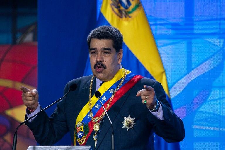 """El presidente de Venezuela, Nicolás Maduro, anunció en enero que el Carvativir, unas """"gotitas milagrosas"""" son un tratamiento efectivo contra el coronavirus"""