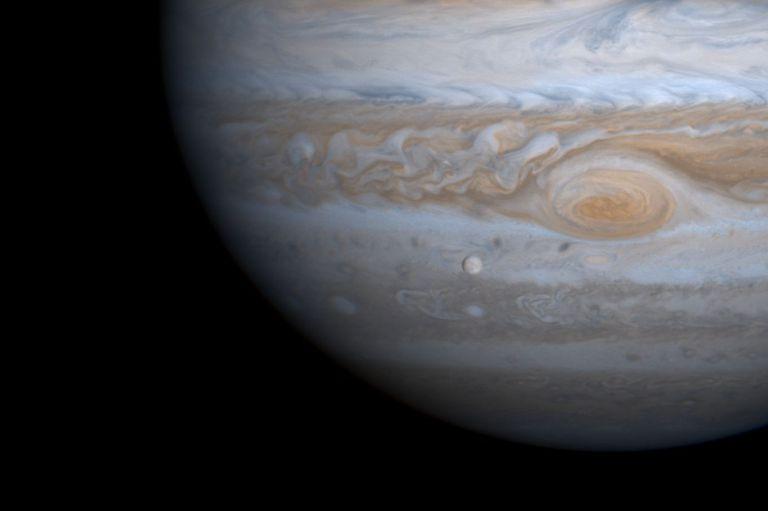 """Júpiter retrógrado: el planeta que administra la suerte se moverá """"hacia atrás"""" en los próximos días"""