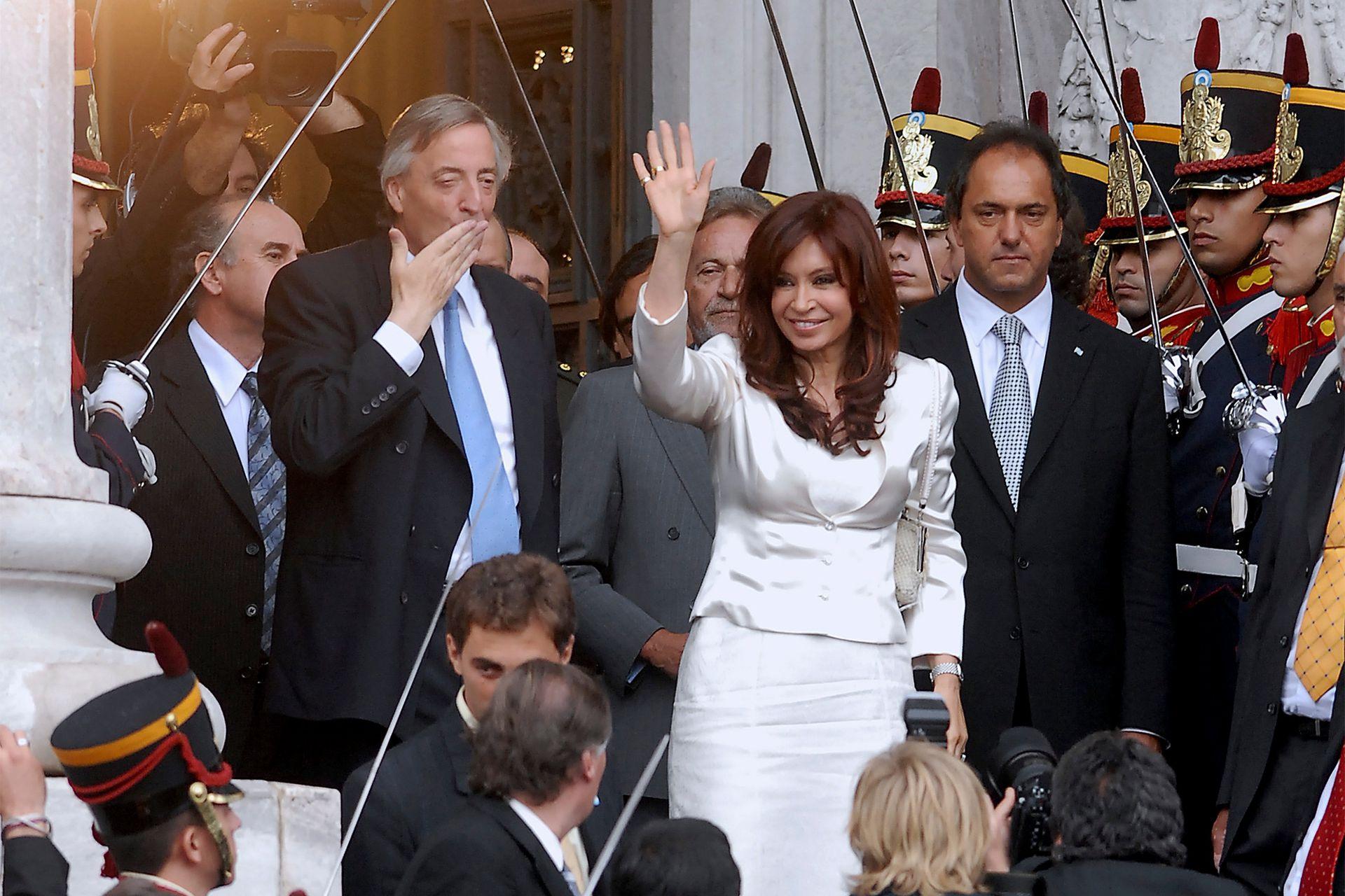 Néstor Kirchner con Cristina y Daniel Scioli inaugura las sesiones legislativas el 1º de marzo de 2007