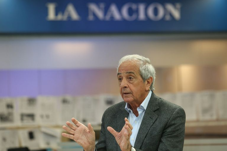El presidente de River visitó la redacción de LA NACION