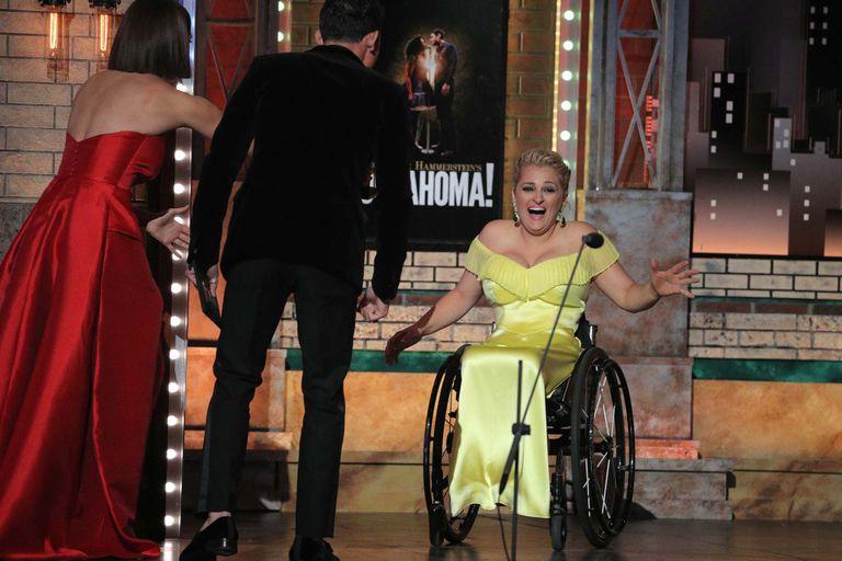 Ali Stroker fue premiada por su trabajo en Oklahoma!